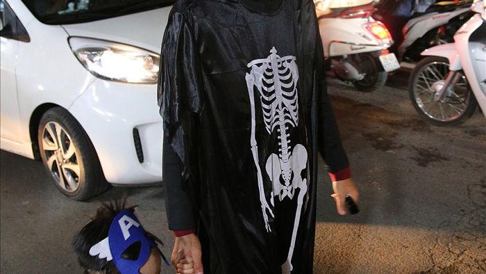 Đêm Halloween tại Hà Nội - 10