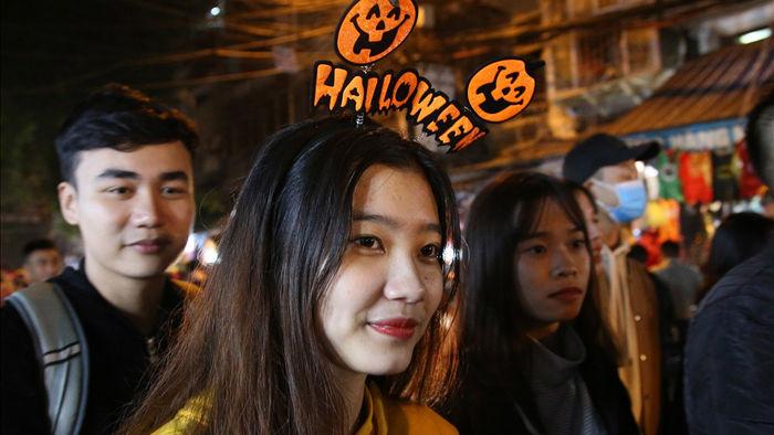 Đêm Halloween tại Hà Nội - 5