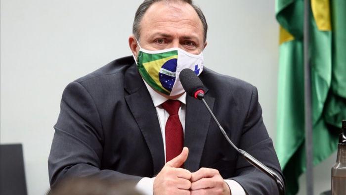 Bộ trưởng Bộ Y tế Brazil Eduardo Pazuello.
