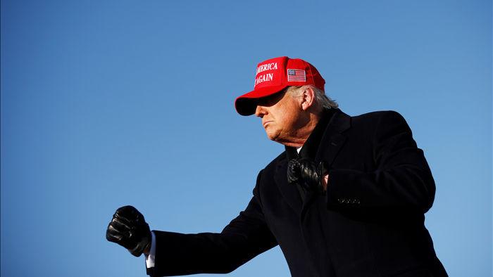 """Ông Trump có thể """"đảo ngược"""" thăm dò dư luận vào phút chót - 1"""