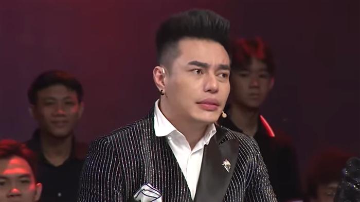 Bị NSƯT Công Ninh đánh rớt vì xấu, Lê Dương Bảo Lâm phải bán nhẫn, dây chuyền phẫu thuật - Ảnh 1.