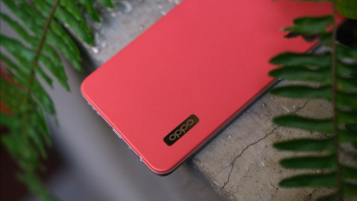Trên tay OPPO A73 tại Việt Nam: Thiết kế khá retro, 4 camera sau, màn hình AMOLED, sạc nhanh VOOC 4 30W, giá chưa đến 5 triệu đồng - Ảnh 3.