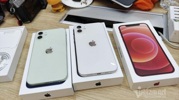 Giá iPhone 12 xách tay giảm từ 4-6 triệu đồng