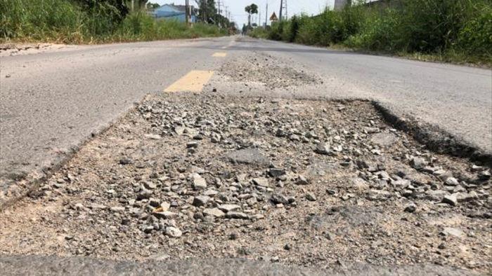 Ảnh: Con đường chỉ dài 2km nhưng có gần 100 'hố tử thần' ở Đồng Nai - 6
