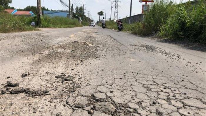 Ảnh: Con đường chỉ dài 2km nhưng có gần 100 'hố tử thần' ở Đồng Nai - 8