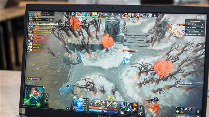Laptop văn phòng có thể chơi được PUBG, GTA V? - 2