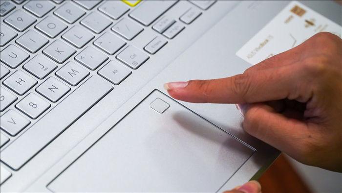 Laptop văn phòng có thể chơi được PUBG, GTA V? - 8