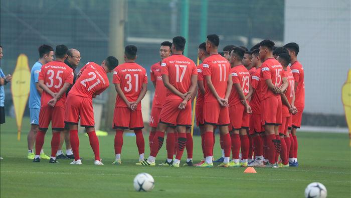 HLV Park Hang Seo yêu cầu U22 Việt Nam thiện chiến trong bóng bổng - 1