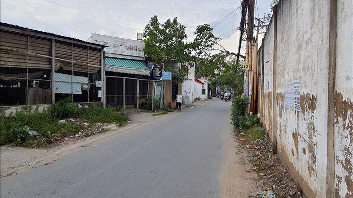 Tên cướp kéo lê cô gái hơn 500m trên đường phố Sài Gòn - 4