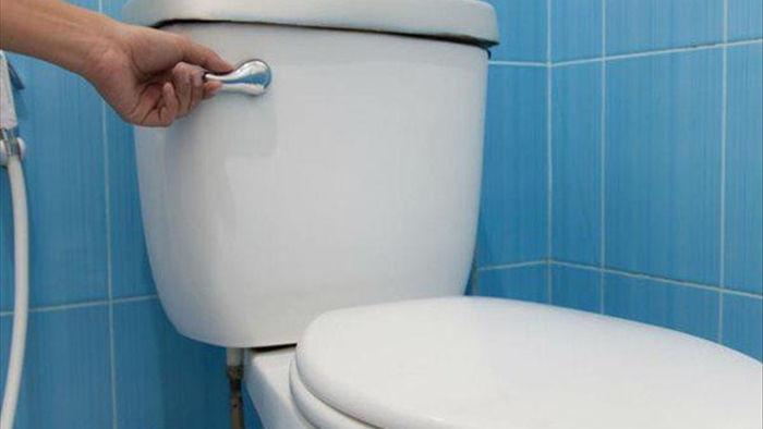 Mẹ chồng chỉ cho cả nhà đi vệ sinh 2 lần/ngày, con dâu nhập viện vì điều tế nhị - 3