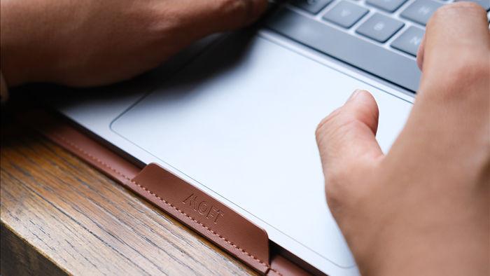 Trải nghiệm túi đựng laptop kiêm xếp hình 2 kiểu cho đỡ mỏi lưng: gọn nhẹ, thời trang nhưng giá cao - Ảnh 20.