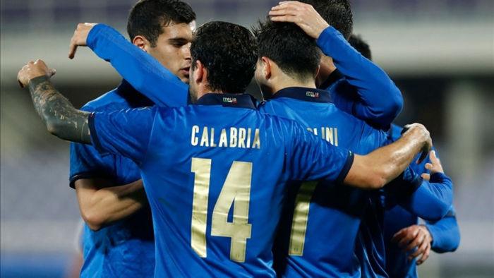 Mặc dù ra sân với đội hình không phải mạnh nhất, có nhiều thử nghiệm, nhưng Italia vẫn thắng dễ Estonia (Ảnh: Getty).