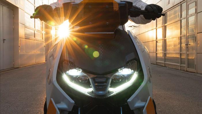 BMW CE04 - Cái nhìn mới về xe máy điện - 5