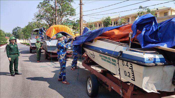 Hồ Kẻ Gỗ xả tràn đối phó với bão số 13 - 2
