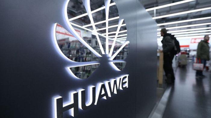 """Từng ở """"ngôi vương"""", thị phần smartphone toàn cầu của Huawei có thể sụt còn 4% - Ảnh 1."""