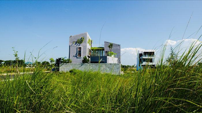 Ngôi nhà có 6 khoảng sân vườn, đẹp như tứ hợp viện ở Đà Nẵng - 1