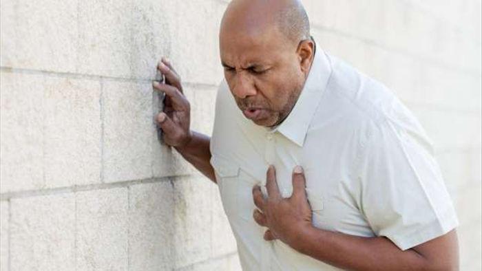 8 dấu hiệu cảnh báo cơn đau tim - 1