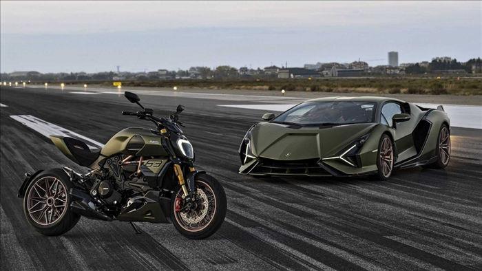 Ducati mới đây đã ra mắt phiên bản đặc biệt của Diavel 1260 lấy cảm hứng từ chiếc Lamborghini Sián FKP 37. Đây là phiên bản hợp tác tiếp theo của hai thương hiệu sau khi ra mắt bản đặc biệt của chính chiếc cruiser này vào giữa năm nay.
