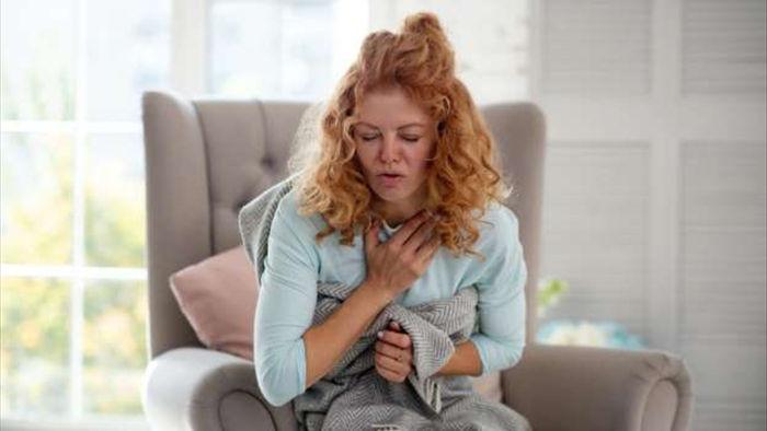 8 dấu hiệu cảnh báo cơn đau tim - 2
