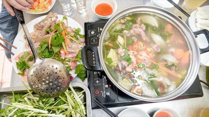 Loạt món ăn nhạy cảm khiến thực khách đỏ mặt thưởng thức - 3