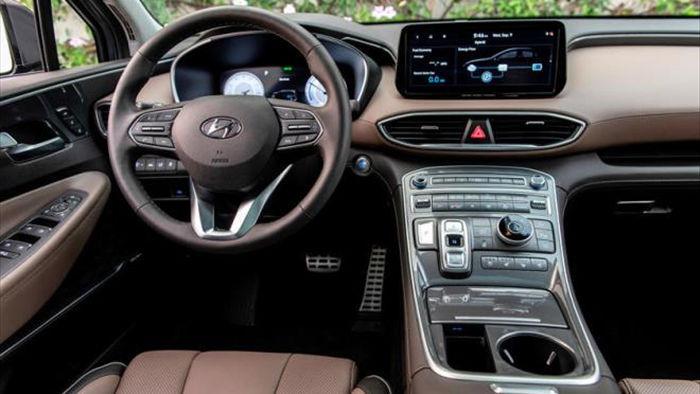 Hyundai Santa Fe 2021 lộ giá 'chát' vượt mặt BMW X3 - 2