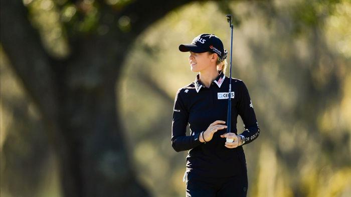 Vẻ đẹp mê hồn của nữ golf thủ ở giải US Womens Open - 1