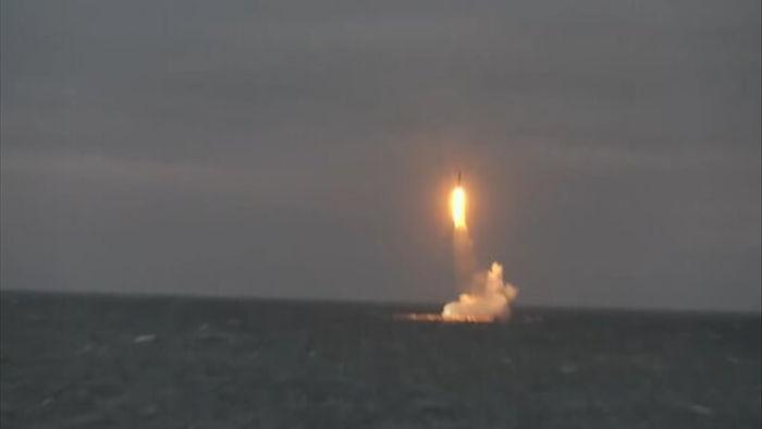 Xem Nga thử tên lửa đạn đạo từ tàu ngầm hạt nhân