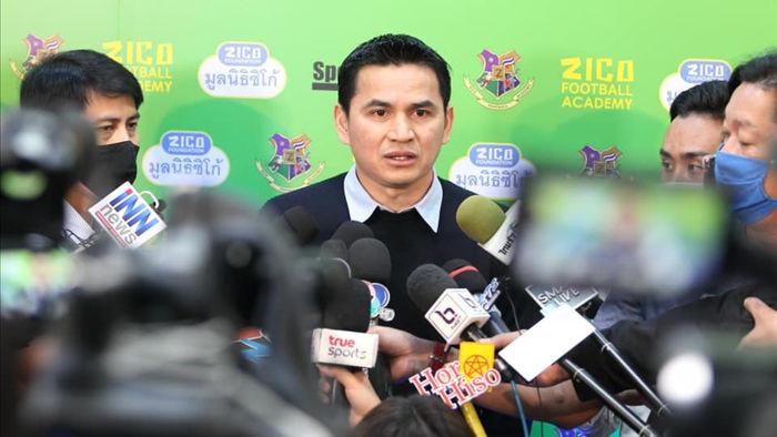 HLV Kiatisuk mở học viện bóng đá, sẵn sàng rời Thái Lan để sang HA Gia Lai - 5