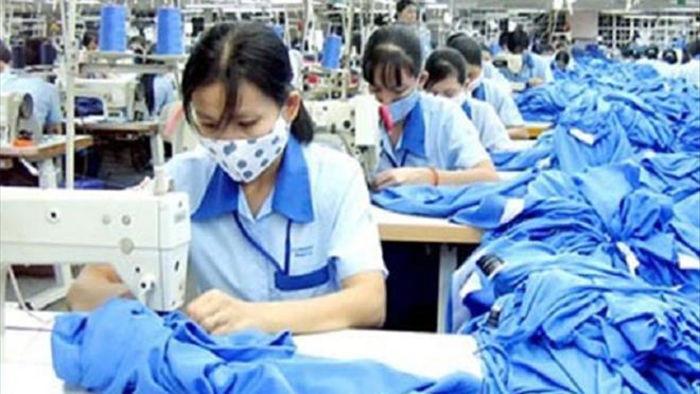 Từ 1/2/2021, lao động nữ được nhận thêm lương khi đi làm ngày 'đèn đỏ' - 1