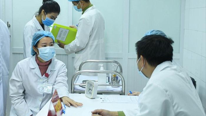 Vắc xin Covid-19 được tiêm trên người: Việt Nam bước vào cuộc chiến mới - 4