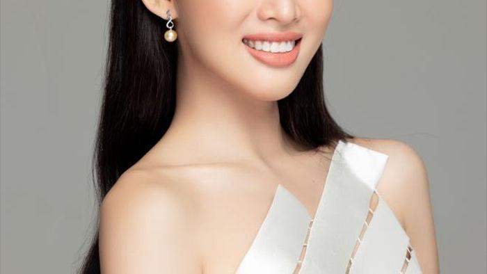 Nhan sắc Hoa hậu Đỗ Thị Hà và 2 Á hậu sau một tháng đăng quang - 14