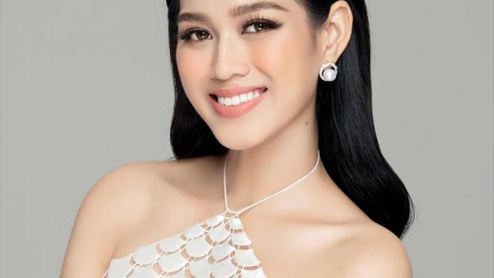 Nhan sắc Hoa hậu Đỗ Thị Hà và 2 Á hậu sau một tháng đăng quang - 5
