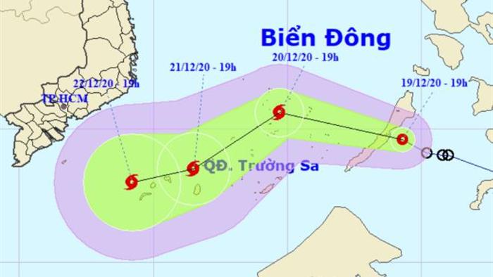 Ngày mai 20/12, áp thấp nhiệt đới vào Biển Đông, có thể mạnh lên thành bão - 1