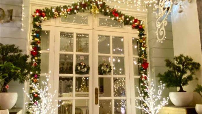Sao Việt khoe độ giàu có mùa Noel: Biệt thự 40 tỷ được Ngọc Trinh decor chặt chém, biệt thự Bảo Thy sáng nhất khu nhà giàu quận 7 - Ảnh 10.