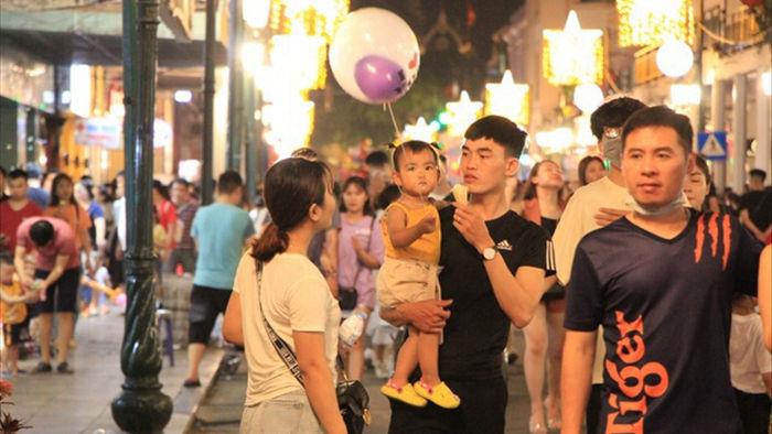 Hà Nội có thêm 8 tuyến phố đi bộ trong phố cổ  - 1