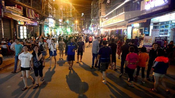Nhiều băn khoăn khi tổ chức mạng lưới phố đi bộ khu trung tâm Sài Gòn - 3