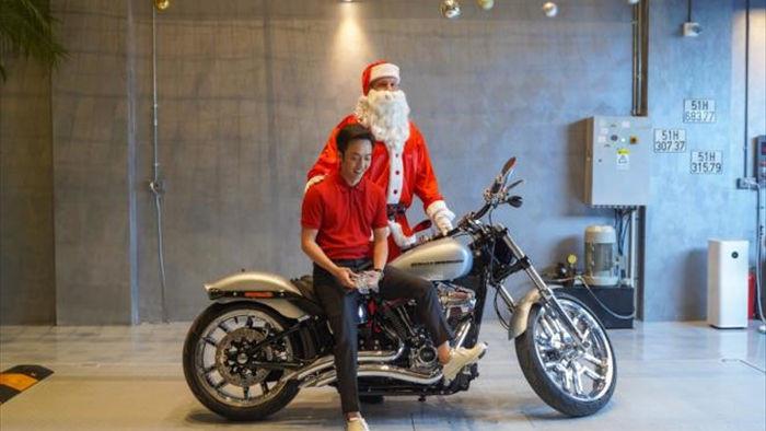 Cường Đô La mua Harley-Davidson hàng độc giá gần 2 tỷ đồng - 1