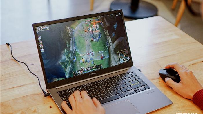 Đánh giá hiệu năng gaming Intel Iris Xe trên Asus VivoBook S14 S433: Ultrabook nay đã có thể chơi game - Ảnh 1.