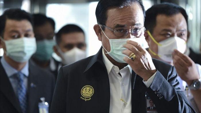 Lãnh đạo Thái Lan đeo khẩu trang ngừa Covid-19. Ảnh: AFP.