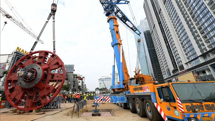 Ráp xong quái vật 860 tấn sẵn sàng đào hầm đường sắt Nhổn - ga Hà Nội - 4