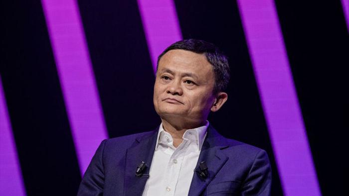 2 tháng bão táp trong cuộc đời Jack Ma: Tài sản bốc hơi 11 tỷ USD chỉ vì 1 lần vạ miệng - Ảnh 1.