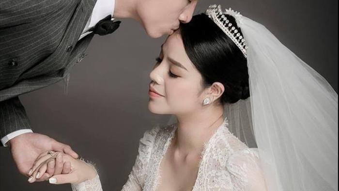 Hành trình từ yêu đến cưới của Bùi Tiến Dũng và vợ - 1