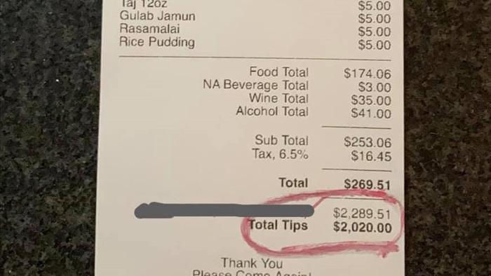 Năm mới, một bữa ăn 6 triệu, bỏ tiền 'boa' hơn 50 triệu