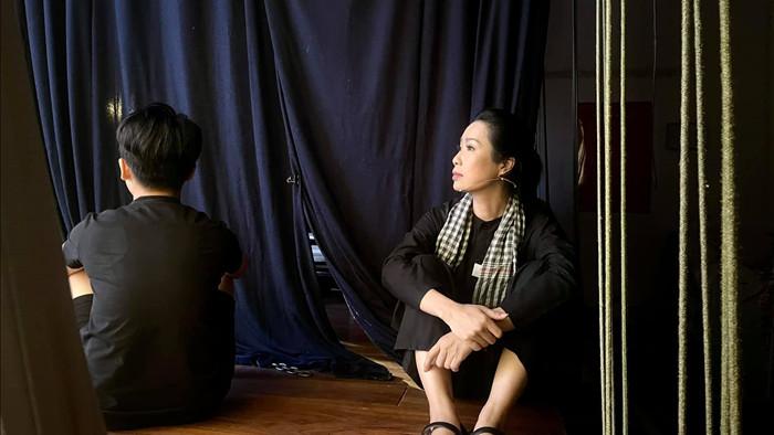 Trấn Thành đăng ảnh với Tóc Tiên kể kỷ niệm với danh hài Chí Tài