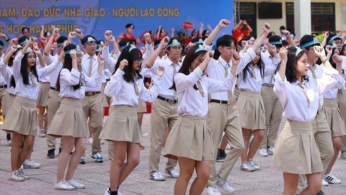 Trường THPT công lập đầu tiên ở Hà Nội được tự chủ biên chế