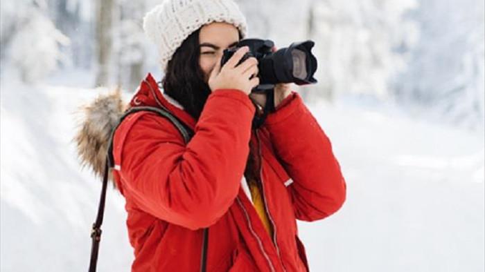 Tuyết đang rơi ở Lào Cai, bỏ túi ngay mẹo chụp ảnh 'sống ảo' với tuyết - 1