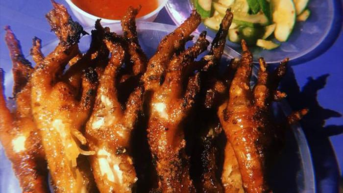 Mua chân gà dịp cận Tết để ăn nhậu, chuyên gia khuyến cáo 3 điều quan trọng - Ảnh 4.