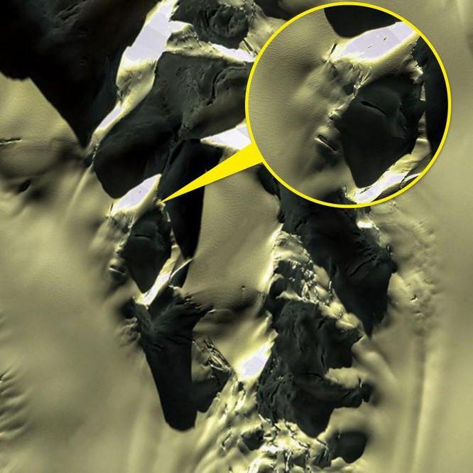 """10 """"vật thể lạ"""" được khám phá qua ứng dụng Google Maps ảnh 7"""