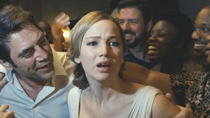 Những dự án phim táo bạo 'ra tiền' của Hollywood 20 năm qua - 5