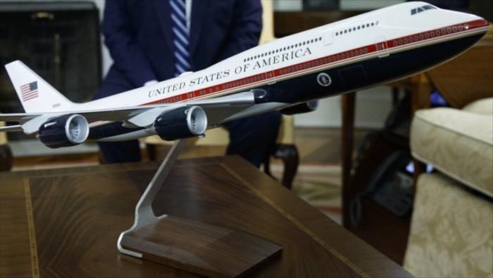 Hé lộ chuyên cơ mới 5,3 tỷ USD có thể phục vụ Tổng thống Mỹ Biden - 1